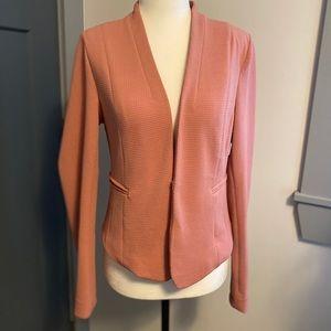 Iris Los Angeles Pink fitted blazer
